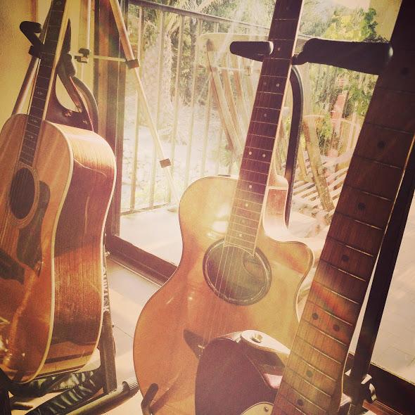 Guitar Lessons in Pinner Pinner guitar tutors Pinner guitar tuition