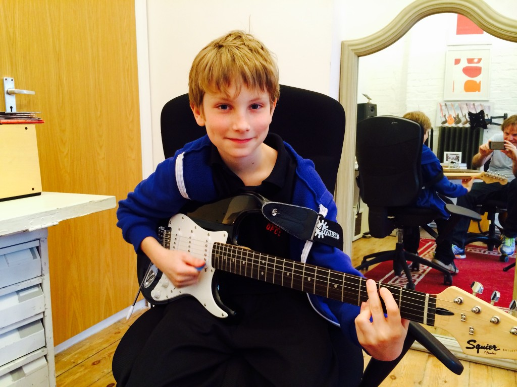 Guitar:Ukulele Lessons London for children and teenagers