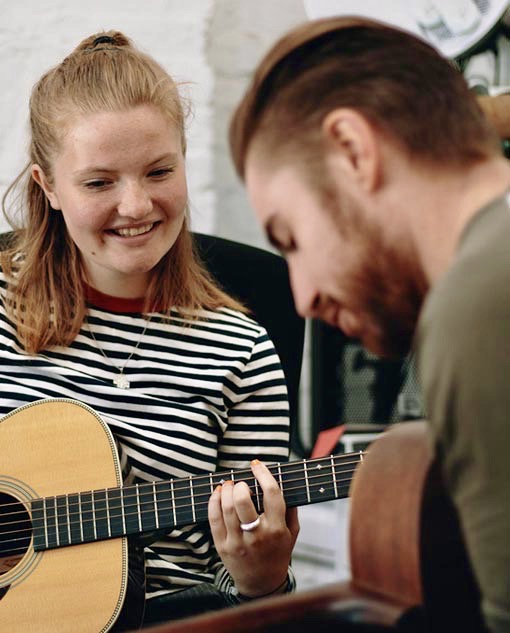 Guitar lessons Rickmansworth Guitar Tuition Rickmansworth Guitar Lessons in Chorleywood Rickmansworth