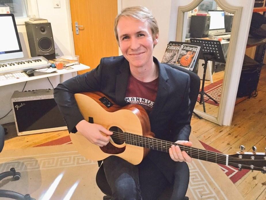 Music Teachers in Hampton, Middlesex