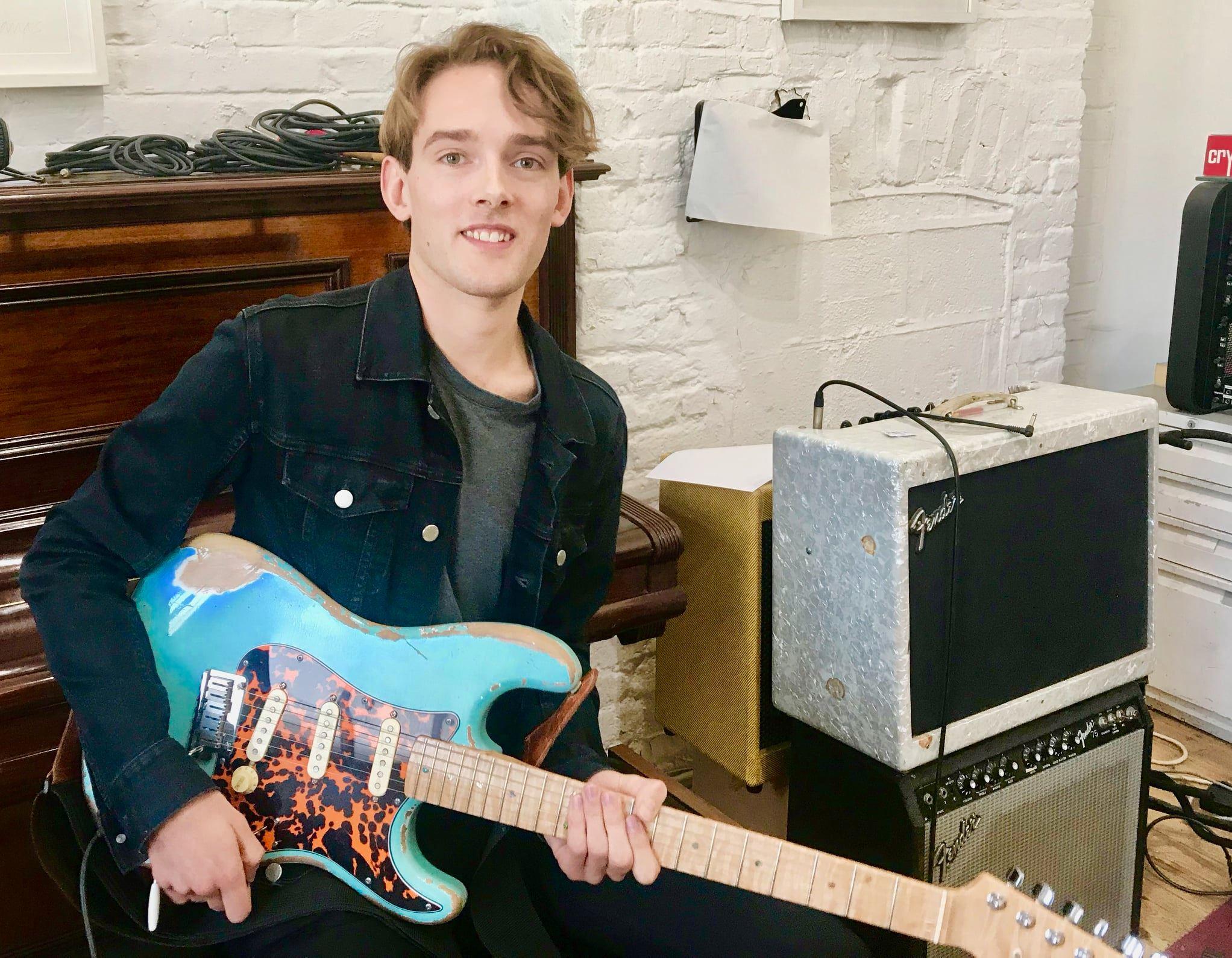 Guitar Lessons Willesden,Willesden Green,Brondesbury,Dollis Hill,Cricklewood,KIlburn