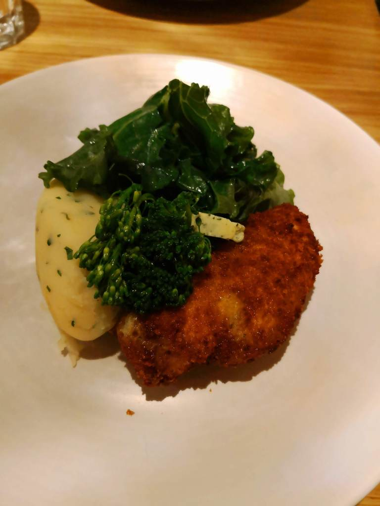 Chicken Kiev lunch at the Potting Shed, Dormy House