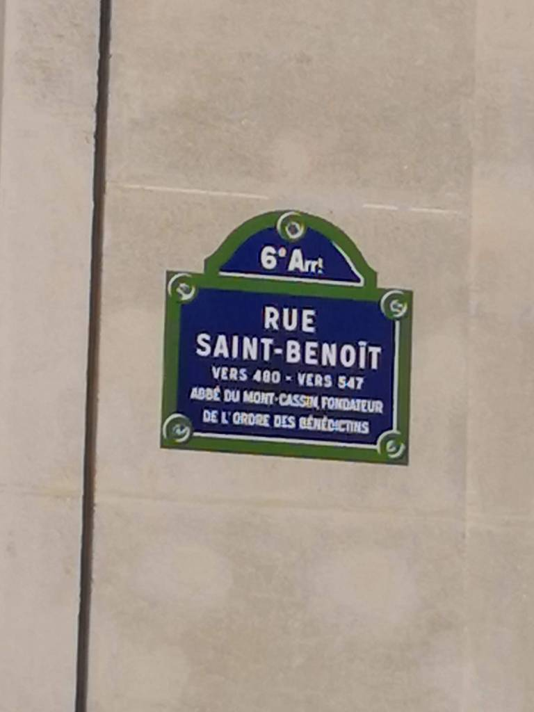 paris Stories rue Saint-Benoit