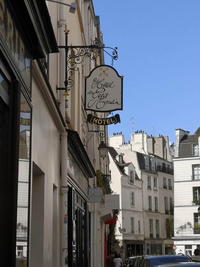 Hotel du Petit Moulin exterior
