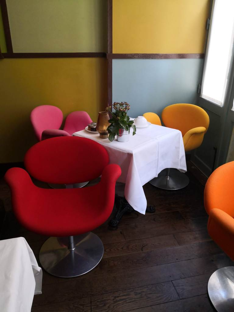Hotel du Petit Moulin breakfast lounge