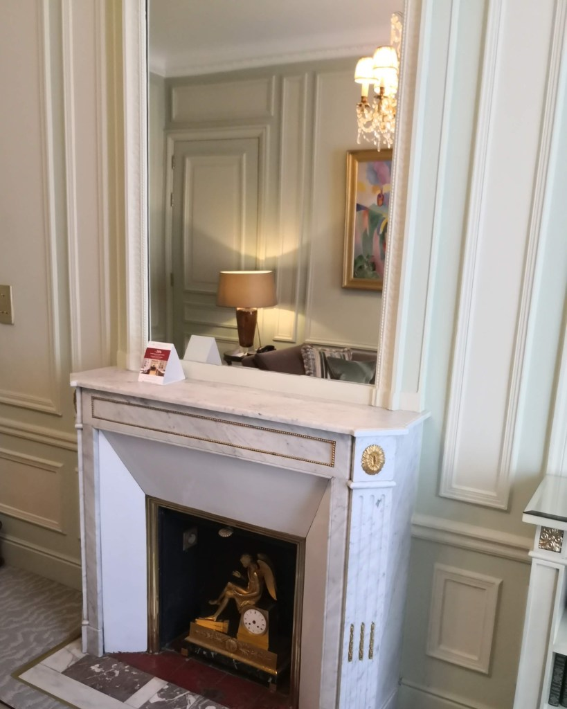 marble fireplace Hotel Westminster