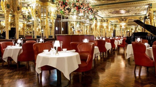 The Oscar Wilde Lounge at Hotel Café Royal