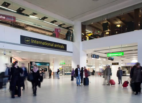 Gatwick Airport - London gatwick airport transfer - 65605 640x360 gatwick airport arrivals 640 495x360 - Gatwick Airport Transfer