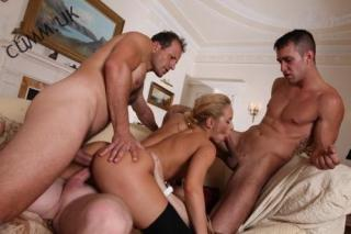bisexual fucking-techniques-women-who-love-cox