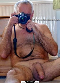 naked daddy cock erection selfie