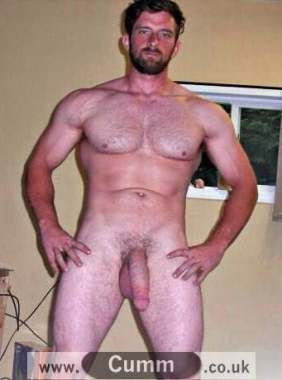 daddy-bear-shaved-and-hung