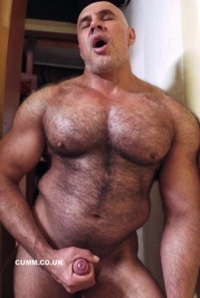 hairy-dad-wanks-foreskin