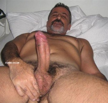 wanking-to-porn-hung-daddy-in-bed