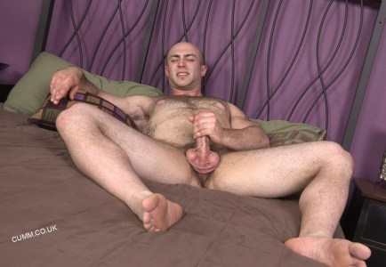 god in bed muscle daddy wanking