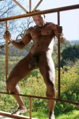 woof-muscular-hung-x-Enjoy-wind-1001