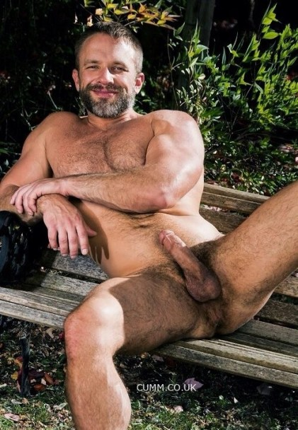 natural-nude-lad-in-park-woods