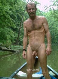 natural-woods-man-nude