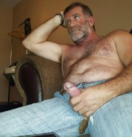 grey and wisemature-jeans-wanking
