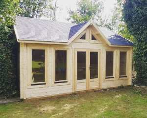 Knightsbridge log cabin KNI011
