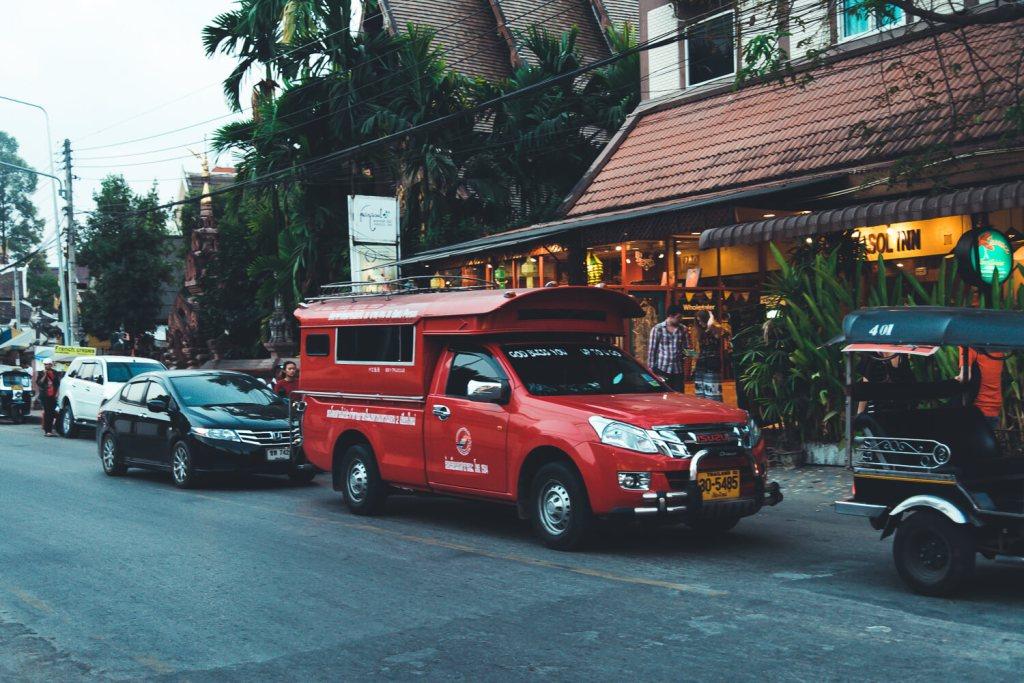 songthaew rode bus chiang mai