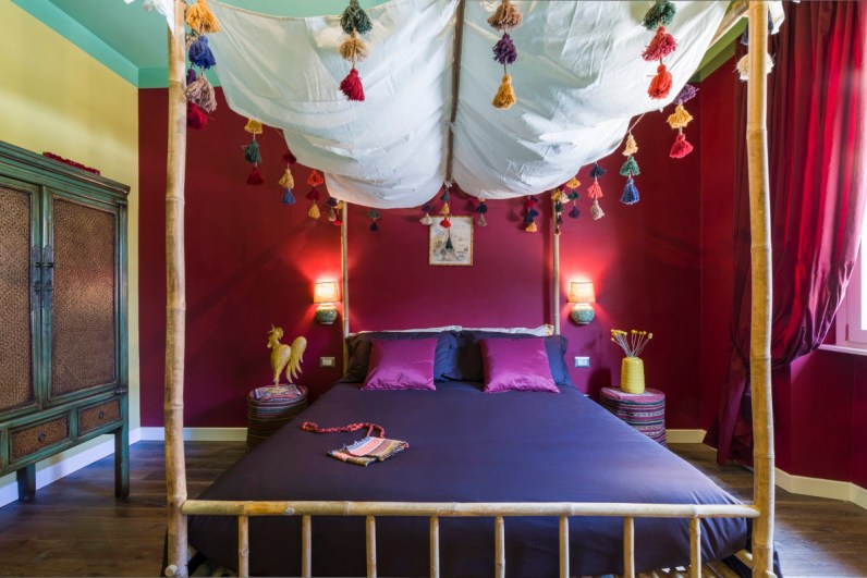 """La stanza """"Diego e Frida"""", con dettagli ispirati da tradizioni provenienti da tutto il mondo"""