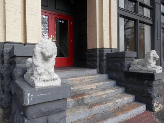 lions guarding the doorway at a business in Salt lake City
