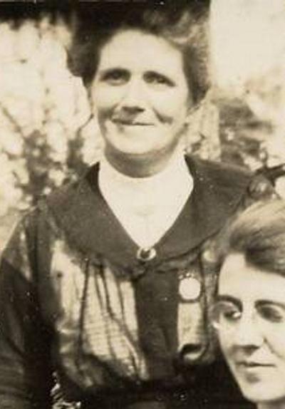 "Ella Sinkinson (1876-1943).Married John Beavis ""J.B."" Randell."