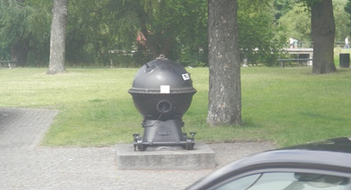 I'm thinking this is a sea mine, rather than a weber barbecue