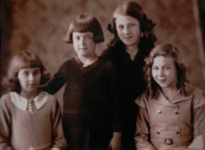 Valda Winter & her sisters, c.1931