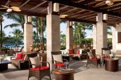 Dreams La Romana Resort & Spa - Restaurants & Bars - Enjoy your favorite cocktail while overlooking the pool area at Rendezvous