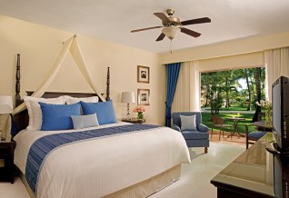 Dreams Palm Beach Punta Cana - Accommodations - The Deluxe Tropical View room offers a beautiful view of the lush greenery, luxurious accommodations and a private terrace or balcony