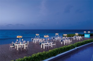 Dreams Riviera Cancun Resort & Spa - Weddings - Deck Gala Dinner