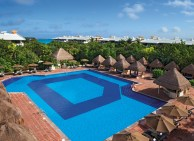 Now Sapphire Riviera Cancun - Activities - Preferred Club Pool