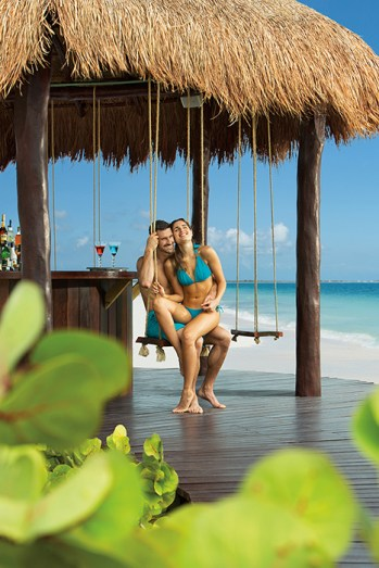 Secrets Playa Mujeres Golf & Spa Resort - Restaurants & Bars