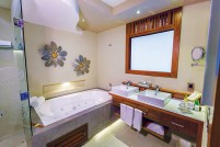 Secrets Silversands Riviera Cancun - Accommodations - Standard Suite Bathroom