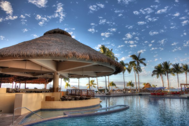 Sunscape Puerto Vallarta Resort & Spa - Restaurants & Bars - Manatees
