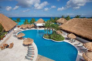 Sunscape Sabor Cozumel - Activities - Main Pool 2