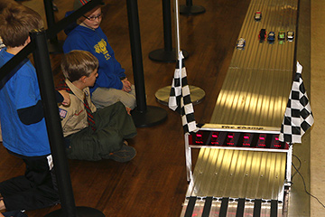 pinewood_derby_210215_IMG_7280-360