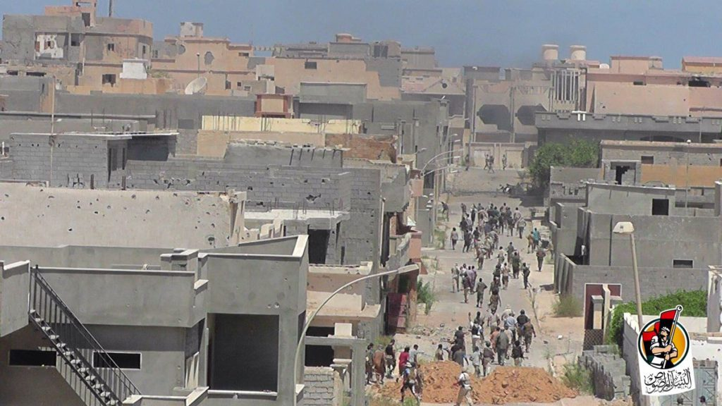 16-08-16 Fighters advancing in Residential neighborhood 2 5