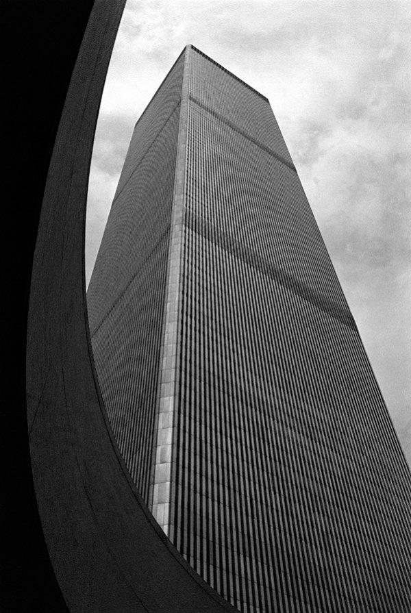 https://i1.wp.com/www.lookingattheleft.com/wp-content/uploads/2009/08/Tower-w-curve-4x6.jpg?resize=600%2C895&ssl=1