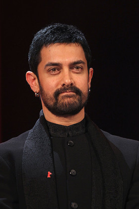 Aamir Khan Charity Work Amp Causes Look To The Stars
