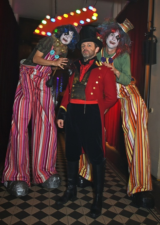 Stars Roll Up To UNICEF UK Halloween Ball - Look to the Stars