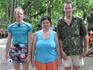 Schwiegertochter gesucht: Beate im Affenpark! - TV News