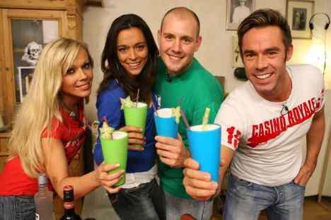 Das perfekte Promi Dinner: Oli. P, Kelly Trump, Benjamin Boyce und Yvonne de Bark - TV