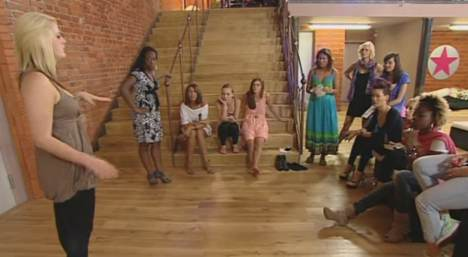 Popstars 2010 Girls Forever: 20 Mädchen überstehen den nationalen Vergleich - TV