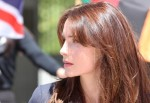 "Hollywood-Beauty Saffron Burrows verstärkt die US-Erfolgsserie ""Criminal Intent"""
