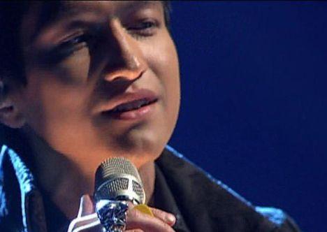 Anthony Thet in der vierten Liveshow X Factor 2010