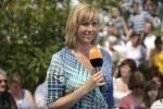 ZDF-Fernsehgarten wird 25: Andrea Kiewel eröffnet Jubiläumssaison 2011 - TV