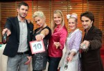 Promi Kocharena mit Antonia Langsdorf, Oliver Wnuk, Claudia Effenberg, Jochen Schropp und Enie van de Meiklokjes - TV News