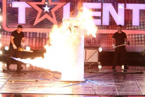 Das Supertalent 2011: David Merlini lässt sich komplett einfrieren! - TV News
